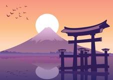 Il grande portone di galleggiamento e Fuji montano il punto di riferimento del Giappone al tramonto t illustrazione vettoriale