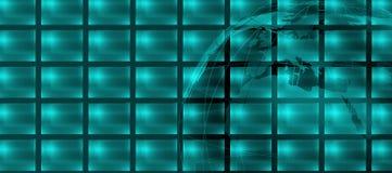 Il grande schermo piano con i monitor multipli e 3d interrano il globo Fotografie Stock