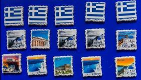 Il Greco ceramico greco inbandiera i magneti Atene Grecia di posizioni fotografie stock