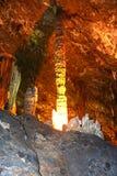 Il Guangxi Guilin della Cina per le altezze di Ministero della marina della contea per roccia --Colonne delle stalattiti Immagini Stock Libere da Diritti