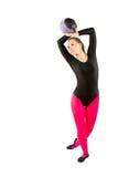 il gymnast in costume da bagno di sport fa l'esercitazione fotografie stock libere da diritti