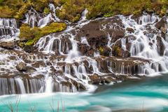 Il Hraunfossar stupefacente in Islanda Immagini Stock Libere da Diritti