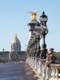 Il Invalides dal ponticello del Alexander III, Parigi Immagini Stock Libere da Diritti