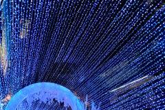 Il ` la s Eve Lighting del nuovo anno rende la gente felice fotografia stock