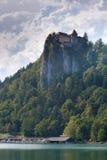 Il lago alps di Julian dentro ha sanguinato in Slovenia Immagini Stock