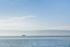 Il lago Baikal in tempo pacifico Immagine Stock