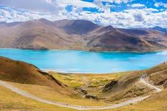 Il lago del yamdrok Immagini Stock