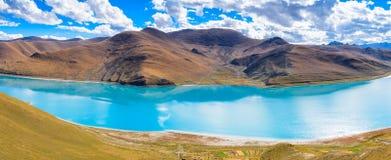 Il lago del yamdrok Immagine Stock