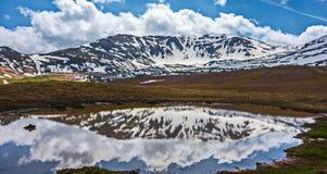 Il lago dello specchio Fotografie Stock