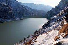 Il lago di inverno fotografia stock libera da diritti