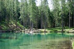 Il lago fantastico Ghedina, nel ` Ampezzo della cortina d, nelle dolomia, un angolo del paradiso Immagine Stock