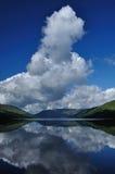 Il lago guadagna la vista Immagine Stock Libera da Diritti