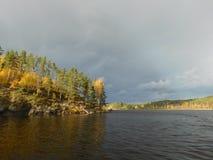Il lago Ladoga fotografie stock