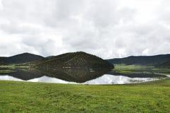 Il lago Shudu nel parco nazionale di Pudacuo Fotografia Stock Libera da Diritti