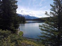 Il lago two Jack, Alberta, Canada Immagine Stock