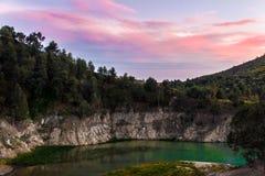 Il lago in una montagna Fotografia Stock Libera da Diritti
