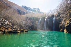 Il lago verde scenico delle montagne di Changbai fotografia stock libera da diritti