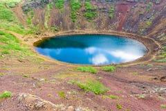 Il lago vulcanico Kerid crater Fotografie Stock Libere da Diritti