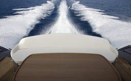 Il lato posteriore della barca fotografia stock
