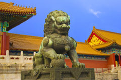 Il leone al cancello di fobidden la città Fotografia Stock Libera da Diritti