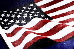Il lerciume ha afflitto la vecchia bandiera invecchiata di U.S.A. Fotografie Stock Libere da Diritti