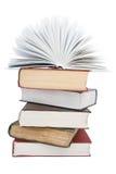 Il libro aperto su un mucchio del libro Immagine Stock Libera da Diritti