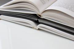 3 il libro sono aperti fotografia stock libera da diritti