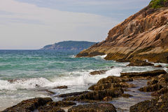 Il litorale roccioso della Maine Fotografia Stock