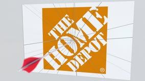 Il logo della società di HOME DEPOT che è incrinato dalla freccia di tiro con l'arco Rappresentazione editoriale concettuale 3D d royalty illustrazione gratis