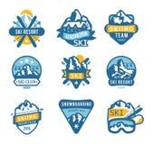 Il logo della stazione sciistica simbolizza, identifica il vettore dei distintivi Fotografie Stock Libere da Diritti