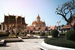 Il Loha Prasat o castello del metallo in Wat Ratchanatdaram Woravihan Fotografie Stock