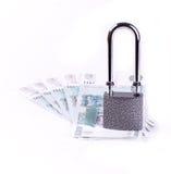 Il lucchetto su alcune banconote Fotografia Stock Libera da Diritti