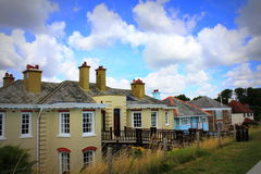 Il lungonmare del villaggio di Dymchurch alloggia Risonanza Regno Unito Fotografie Stock
