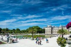 Il Lussemburgo fa il giardinaggio ed il palazzo del Lussemburgo Fotografie Stock Libere da Diritti