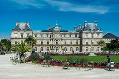 Il Lussemburgo fa il giardinaggio ed il palazzo del Lussemburgo Fotografia Stock Libera da Diritti
