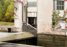 Il macchinario del portone sopra fissa il fiume il Danubio Fotografie Stock Libere da Diritti