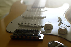 Il macro estratto della chitarra elettrica, zumma il volume Fotografia Stock Libera da Diritti