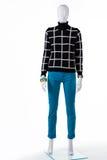 Il maglione a quadretti nero della donna Fotografia Stock