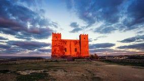 il, Malta - St Agatha ` s rewolucjonistki wierza przy błękitną godziną Fotografia Stock