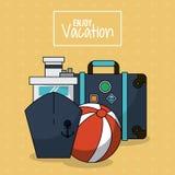 Il manifesto variopinto di gode della vacanza con la nave da crociera e bagagli e beach ball Fotografia Stock