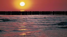 Il Mar Baltico ad alba stock footage