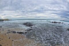 Il mare del porto di Kona ondeggia in grande isola Immagine Stock