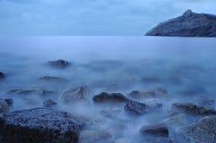 Il mare di notte Fotografie Stock Libere da Diritti