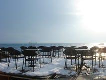 Il mare e la neve Fotografie Stock
