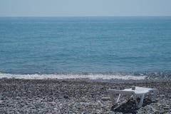 Il mare e la spiaggia in Soci immagine stock libera da diritti