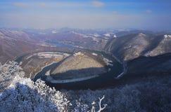 Il meandro ad ovest di Morava fotografie stock
