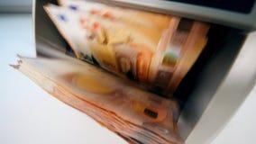 Il meccanismo automatico sta elaborando gli euro stock footage