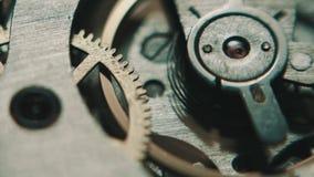 Il meccanismo delle ore analog video d archivio