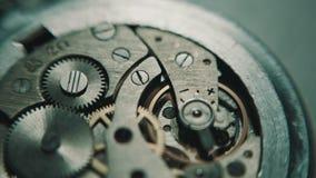 Il meccanismo delle ore analog stock footage