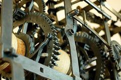 Il meccanismo di orologi molto vecchi immagini stock libere da diritti